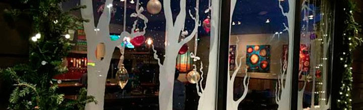 2015 Holiday Window Decorating Contest Winners