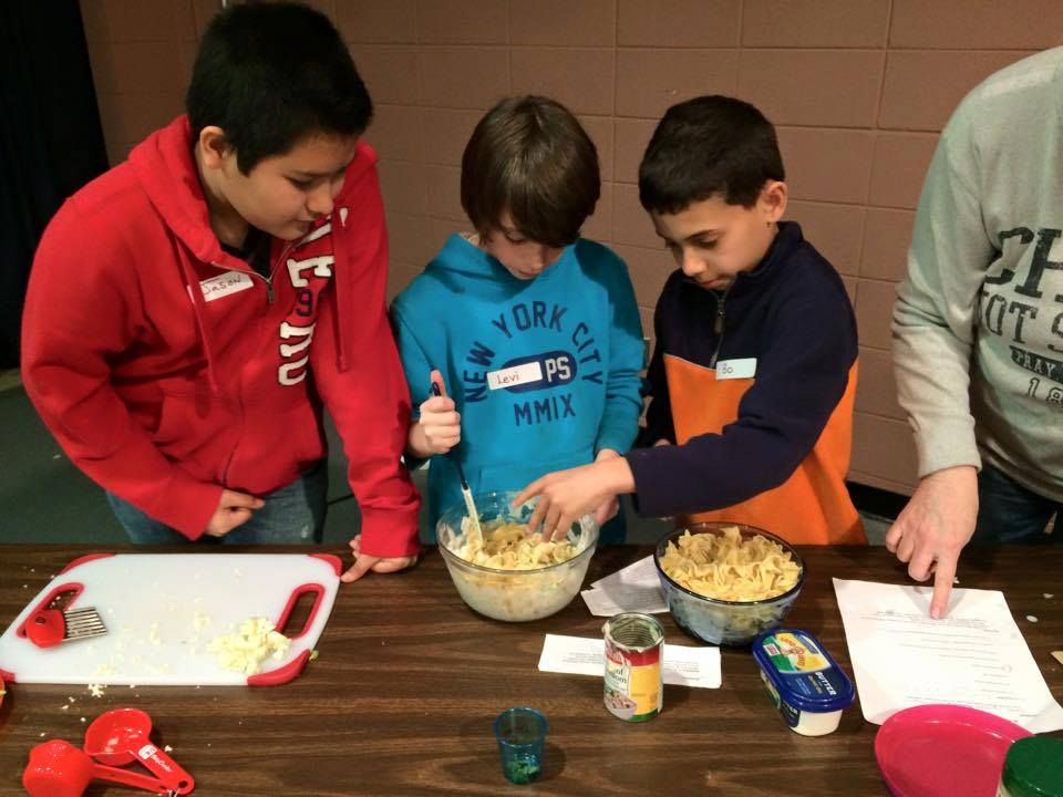 Asheville Chefs Elliott Moss and Suzy Phillips Encourage Culinary Learning at Hall Fletcher Elementary