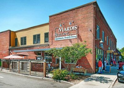Mardis Building apartments, shops & dining